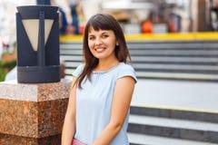 belle femme caucasienne de verticale photo libre de droits