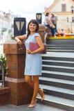 belle femme caucasienne de verticale photo stock