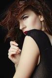 Belle femme caucasienne posant pour des portraits Photographie stock libre de droits