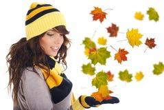Belle femme d'automne. photographie stock