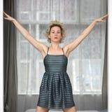 Belle femme dans la robe Photo libre de droits