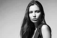 Belle femme de Brunette images stock