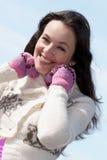 Belle femme de sourire de brunette Image stock