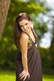 Belle femme de sourire de brunette Image libre de droits