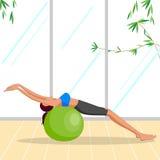 Belle femme faisant l'exercice de Pilates Images libres de droits
