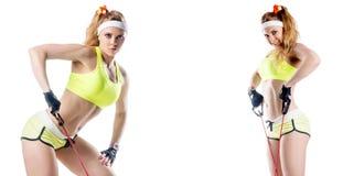Belle femme musculaire d'ajustement Photographie stock