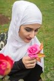 Belle femme musulmane avec le hijab Images libres de droits