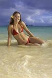 Belle fille à la plage Photos libres de droits