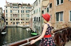 Belle fille à Venise Image libre de droits
