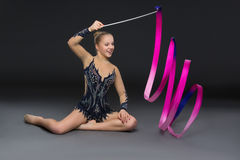 Belle fille adolescente de gymnaste Images stock
