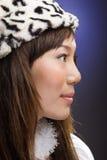 Belle fille asiatique semblant droite Photographie stock