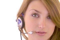 Belle fille avec des écouteurs Photo stock