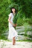 Belle fille avec des herbes Image libre de droits