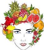 Belle fille avec la coiffure des fruits exotiques illustration de vecteur