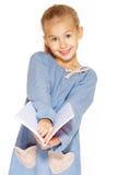 Belle fille avec le cahier Photographie stock libre de droits