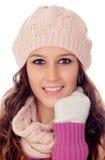 Belle fille avec le chapeau et l'écharpe de laine Photographie stock libre de droits
