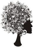 Belle fille avec le cheveu floral. Vecteur   Image stock