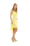 Belle fille dans la robe jaune photo stock