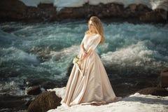 Belle fille dans une robe Photographie stock libre de droits