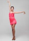 Belle fille de danseur de salle de bal dans la pose élégante images libres de droits