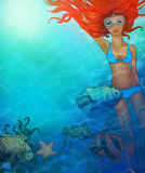 Belle fille de natation Photos stock