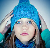 Belle fille en hiver Image stock