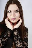 Belle fille gothique avec le renivellement de cygne Photographie stock libre de droits