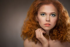 Belle fille red-haired Photo libre de droits