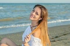 Belle fille sur la plage #6 Photo stock