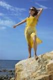 belle fille sur une plage Photographie stock