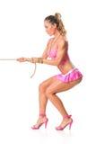 Belle fille tirant une corde photographie stock libre de droits