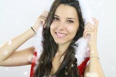 Belle fille utilisant un costume de Noël photos stock