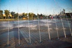Belle fontaine en parc, vieille ville de Boukhara, l'Ouzbékistan Photo libre de droits