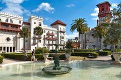 Belle fontaine, maison Monica Spa et hôtel et musée plus léger dans la côte historique de la Floride photos stock