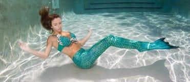 Belle donne bikini o costume da bagno stock photos 188 - Donne grasse in costume da bagno ...