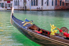 Belle gondole veneziane romantiche immagini stock