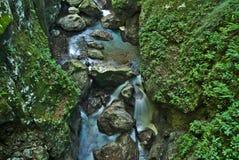 Belle gorge de Tolmin dans la partie slovène de Julian Alps photos libres de droits