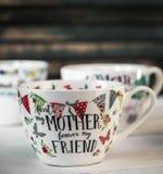 Belle grande tasse pour le jour et le 8 mars de mère Photo stock