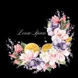 Belle guirlande d'aquarelle avec les fleurs de lavande, l'anémone, la magnolia et les fruits oranges Photographie stock libre de droits