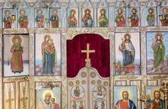 Belle icone antiche Altare in chiesa fotografia stock libera da diritti