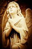 Belle image de cru d'un ange de prière Photos stock
