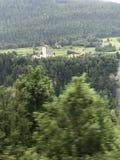 Belle immagini Austria sul sito della strada principale fra la Svizzera a ITELY immagini stock libere da diritti
