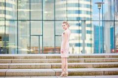 Belle jeune femme d'affaires Image stock
