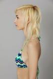 Belle jeune femme dans le bikini Image libre de droits