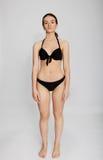 Belle jeune femme dans le bikini Images libres de droits