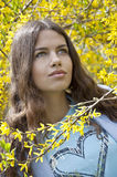 Belle jeune femme de mode Photographie stock
