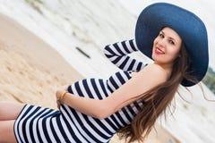 Belle jeune femme enceinte Images libres de droits