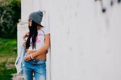 Belle jeune fille à la mode Images stock