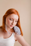 Belle jeune fille avec le cheveu rouge Image stock
