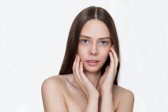 Belle jeune fille et peau propre Photographie stock